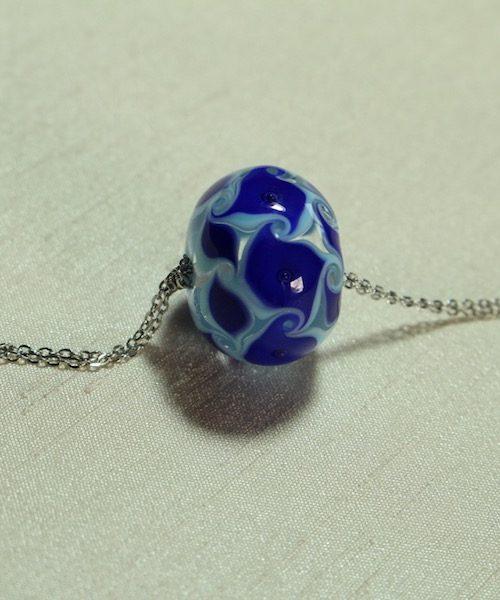 sautoir bleu 11