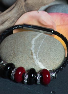bracelet cuir rouge noir 11