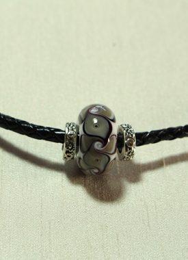 collier cuir gris 10